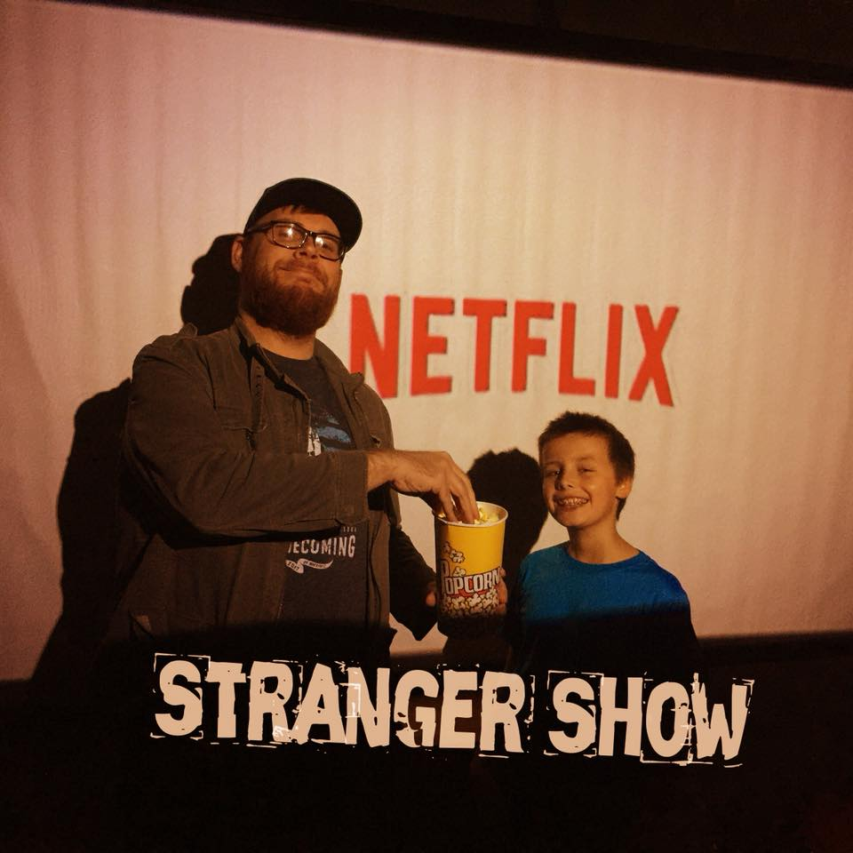 Stranger Show: Stranger Things 3 – Eps 1 and 2